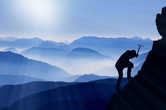 Performanta, perseverenta, rezultate, diferentiere, success, atitudine, rezultate